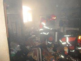 اتصالی بخاری برقی سبب آتش سوزی در یک واحد مسکونی گردید