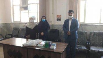 اهداء بسته های آموزشی به مدارس شهرستان ملارد